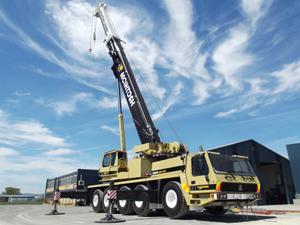 Grove 100 tonne crane